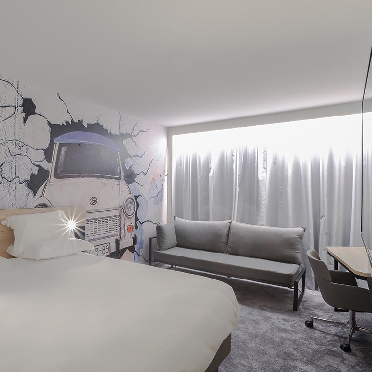 Beautiful executive room at the Arena La Défense hotel